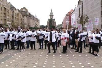 """Protest în Timișoara, față de """"decapitarea"""" industriei HoReCa. """"Vrem să muncim"""""""