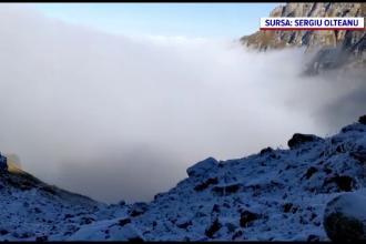 Primele ninsori din acest an au închis Transalpina. Când se închide Transfăgărășanul