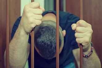 Un deţinut din Penitenciarul Galați s-a automutilat şi a înghiţit un acumulator. Ce au descoperit apoi medicii