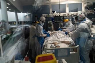 """Situații critice în spitalele din țară, din cauza numărului tot mai mare de bolnavi de Covid-19. Medic ATI: """"Suntem epuizați"""""""