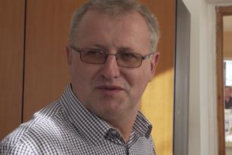 Primarul din Prahova condamnat pentru pornografie infantilă, sprijinit de cetățeni.