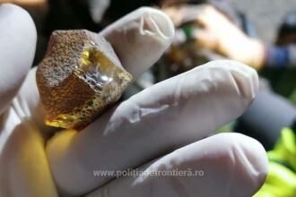 Un sfert de tonă de pietre semiprețioase, descoperite la granița cu Ucraina după o urmărire. Cât valorează