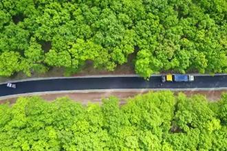 Doi primari din Alba s-au asociat pentru a asfalta un drum cu fonduri europene