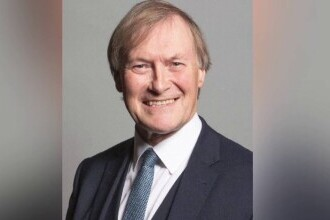 Înjunghierea mortală a deputatului britanic David Amess, calificată drept atac terorist. Ce arată ancheta poliției