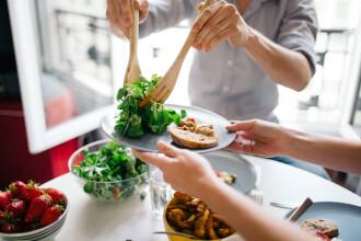 Studiu: Postul este mai eficient decât dieta pentru o viaţă mai lungă