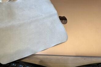 Apple a lansat cel mai nou accesoriu al său: o cârpă
