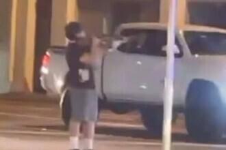 Un adolescent din Florida a fost împușcat mortal de polițiști, după ce a fost prins că îndrepta o armă către mașini