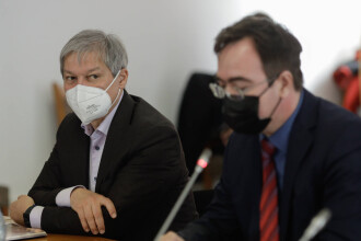 Miniştrii cabinetului Cioloş, respinși rând pe rând de comisiile de specialitate. Cătălin Drulă, singurul cu aviz pozitiv