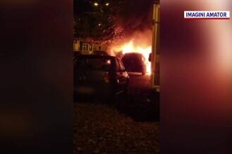 Un bărbat care a incendiat un autoturism la Oradea, prins de polițiști. Din ce motiv s-a răzbunat pe proprietarul mașinii