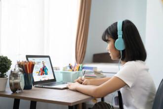 (P) Școala online de engleză pentru copii nr. 1 a Europei, acum și în România