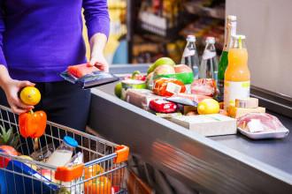 Ungurii au comparat prețurile alimentelor de la ei cu cele din România. Unde sunt mai ieftine