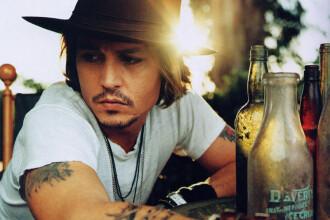 Johnny Depp canta pentru copiii cu nevoi speciale