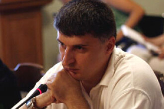 Consilierul prezidential Catalin Avramescu nu mai candideaza pentru PDL