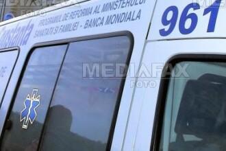 Sibiu: barbat spitalizat dupa ce a cazut de pe un container de fier