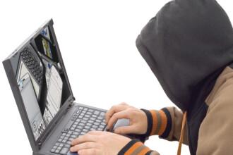 Opt hackeri din Brasov au golit sute de conturi ale unor cetateni din SUA