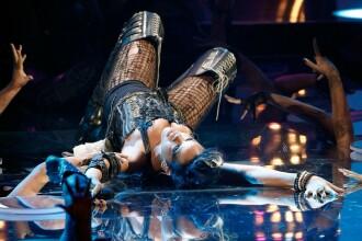 Rihanna ne uimeste din nou!
