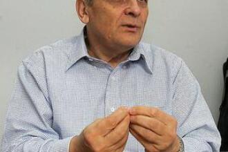 Stolojan solicita demisia ministrului Educatiei