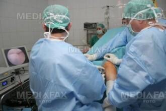 A ajuns la spital injunghiat, dupa ce si-a atacat tatal cu cutitul