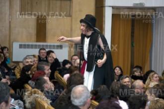 Pregatiri pentru deschiderea stagiunii la Teatrul George Ciprian