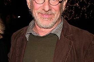 Steven Spielberg a facut o donatie pentru cuplurile gay