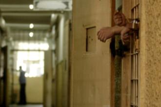 Detinuti in vizita la manastire, pentru o pedeapsa mai scurta si usoara