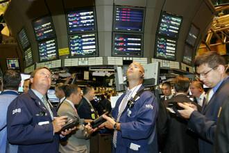Economia americana sta pe un butoi de pulbere