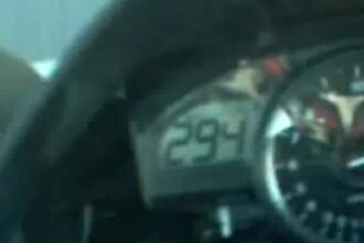 Pe doua roti, cu aproape 300 km/h! VEZI VIDEO!