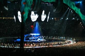INTERVIU SPECIAL cu BONO si colegii de la U2! Asculta-i si in concert!