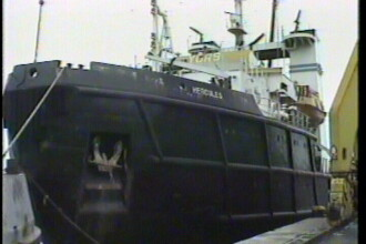 Pericol! Nava scufundata in Constanta ameninta Marea Neagra cu poluarea