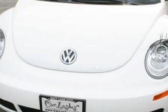 Ti-ai accesoriza masina cu o pereche de gene? E noul trend pe piata