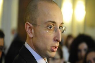 Un europarlamentar cere demisia din Parlament si PDL a senatorului Iulian Urban. Ce l-a enervat