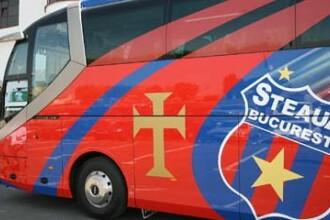 Autocarul Stelei, atacat cu pietre la Galati
