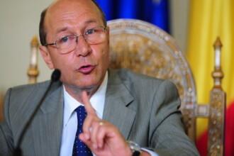 Basescu ii acuza pe judecatorii CC ca au luat decizii