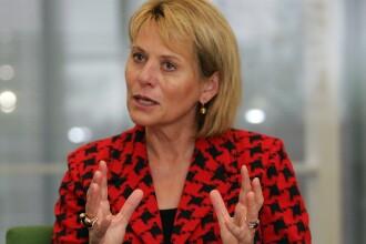 """Carol Bartz, fost CEO la Yahoo: """"Mi-au tras-o!"""" Snoop Dogg vrea sa-i ia locul"""