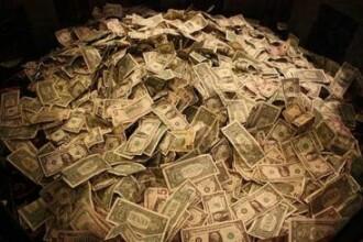 De la salarii mici , la averi de miliarde. Pe ce au pariat ca sa incurce in topuri bogatii planet