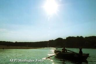 Peste 250 de nave si barje blocate pe Dunare. Fluviul are tot mai putina apa