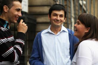 O romanca studenta la Sorbona, arestata la Paris pentru ca avea un iPhone