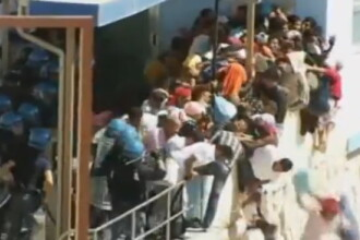 Proteste violente intre imigrantii tunisieni si fortele de ordine italiene. O persoana, in coma