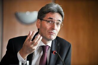 Leonard Orban: scenariul iesirii Greciei din Zona Euro, discutat in CE pe 23 mai