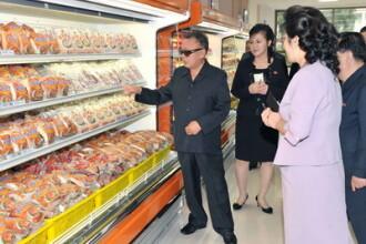 Poporul Coreei de Nord moare de foame. Kim Jong-Il cheltuie sute de mii de dolari pe animale de casa