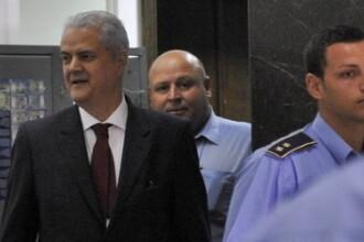 Judecatorii care l-au condamnat pe Nastase la inchisoare, reclamati la CSM.