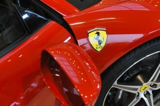 Ferrari de peste 100.000 de euro, incendiat dupa cheful de la Costesti al celor mai bogati tigani