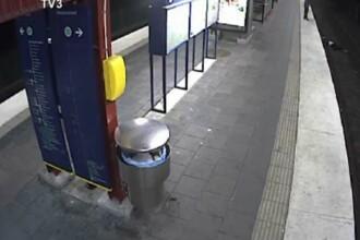 Imaginile care au revoltat o tara intreaga. Un barbat cade pe sinele metroului si este jefuit. VIDEO