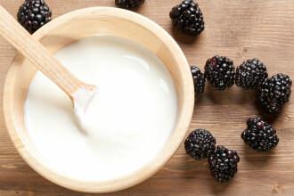 Cele mai bune tratamente cosmetice cu iaurt. Cum poti scapa de acnee chiar la tine acasa