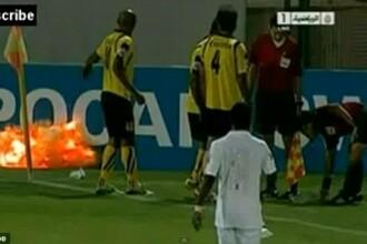 VIDEO. Momente de groaza pe stadion, in timpul unui meci de fotbal. O grenada a explodat pe teren