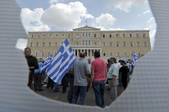 Studiu: Iesirea Greciei si altor tari din zona euro ar costa economia mondiala 17.000 MILIARDE euro