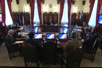 Victor Ponta ii transmite lui Basescu: Sa incepem desecretizarile din CSAT cu rapirea din Irak