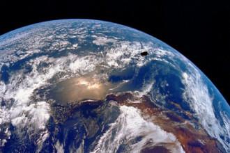 Terra se rupe in doua sub Oceanul Indian. Explicatia specialistilor