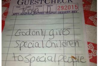 Mesajul de pe nota de plata de la restaurant a facut-o sa izbucneasca in lacrimi. Ce scria pe hartie