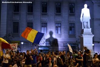 Aproximativ 1000 de persoane au protestat in Bucuresti si Cluj fata de proiectul de la Rosia Montana